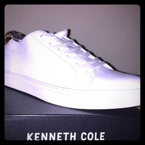 New in Box Kenneth Cole White Leopard Shoe US 7.5